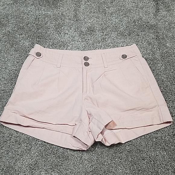 Banana Republic Pants - 🔥 Banana Republic Blush Pink Pleat Shorts
